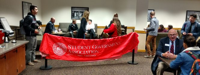 ISU Students Chat With Deans in SGA's Coffee with the Deans