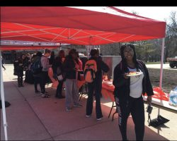 ISU Students Celebrate National Cheese Fondue Day