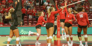 Redbirds conclude homecoming weekend with a pair of conference wins