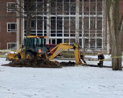 Water main break on Illinois State University Quad, buildings without water